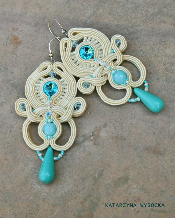Hey, I found this really awesome Etsy listing at https://www.etsy.com/listing/206288490/alexandria-light-openwork-fancy-soutache