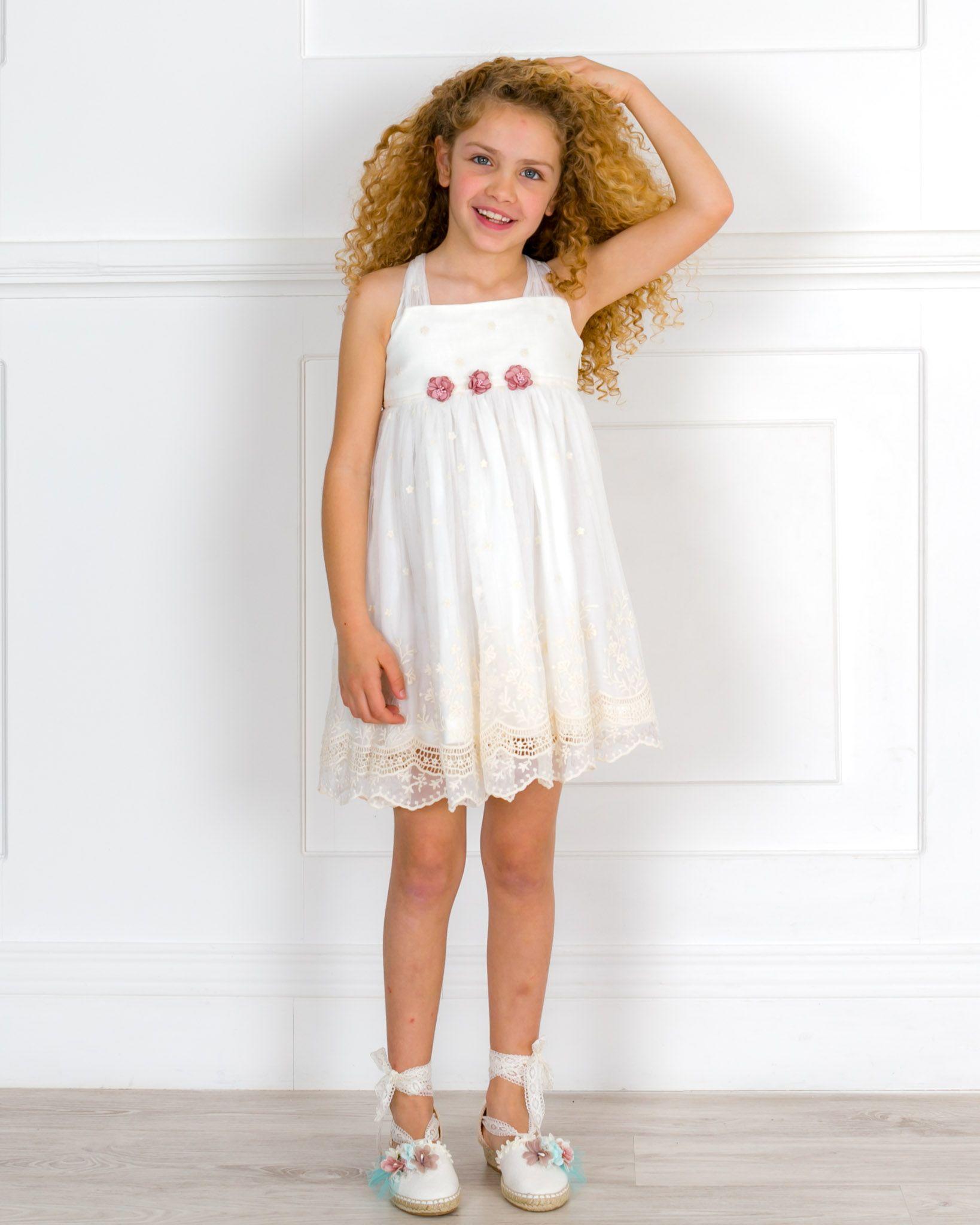 301ca6a2fa Vestido de ceremonia Juliette para niña de la colección arras de corte alto  confeccionado con tul