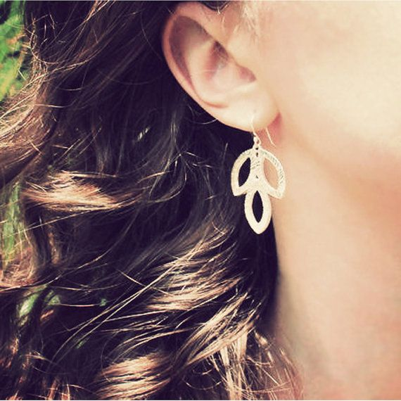 Silver Leaf Earrings #etsy #nature #jewelry