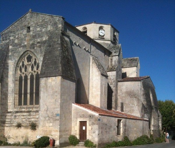 Un été à Sonnac. L'arrière de l'église