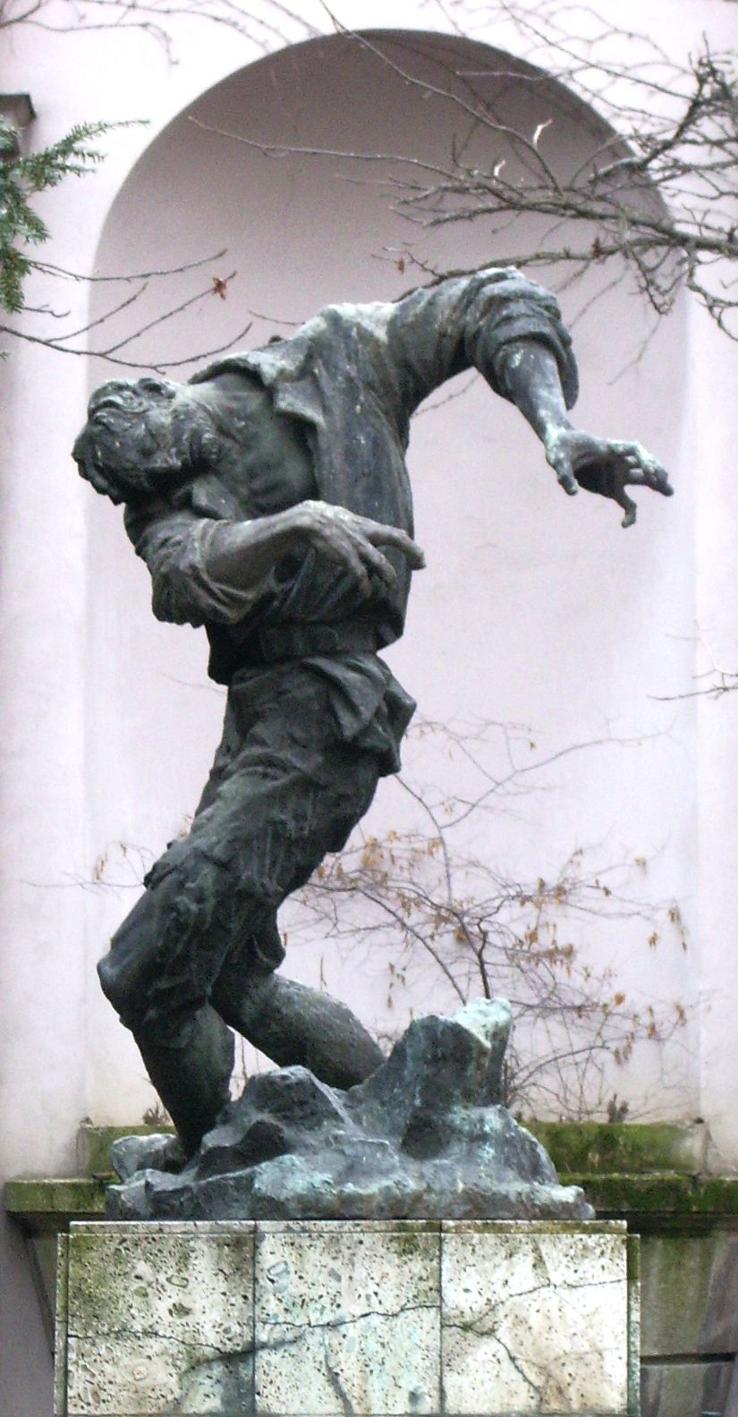 The Sculpture By Vanja Radaus In The Courtyard Of The Modern Gallery Zagreb Zagreb Gallery Croatia