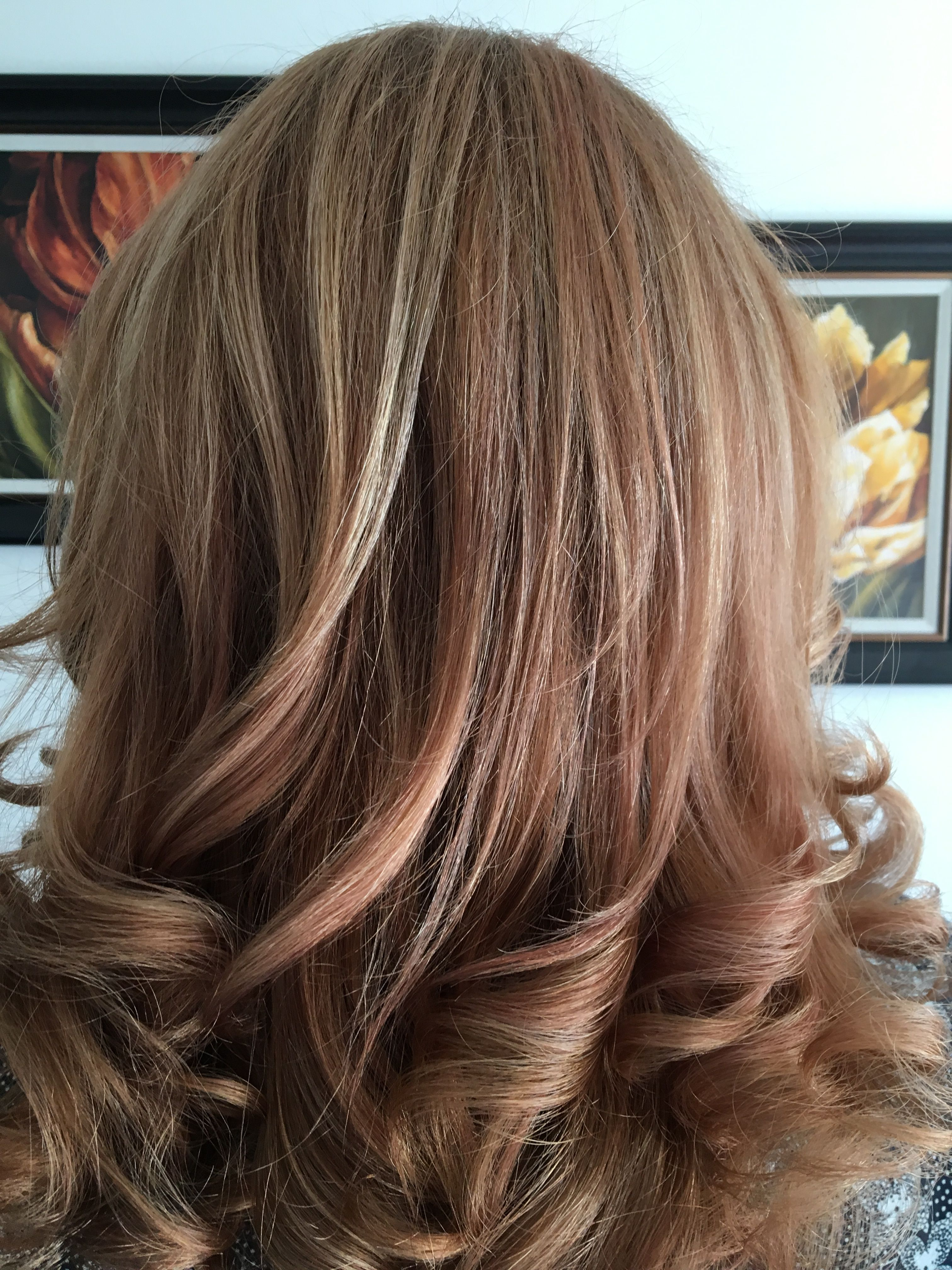Strawberry Blonde Vs Rose Gold Love The Look Turns Out It Has A