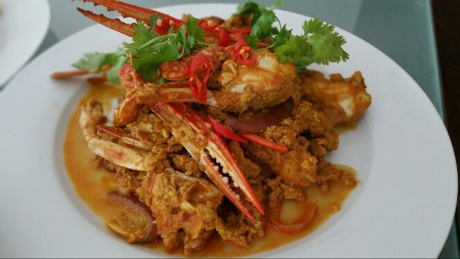 Thai yellow curry crabs