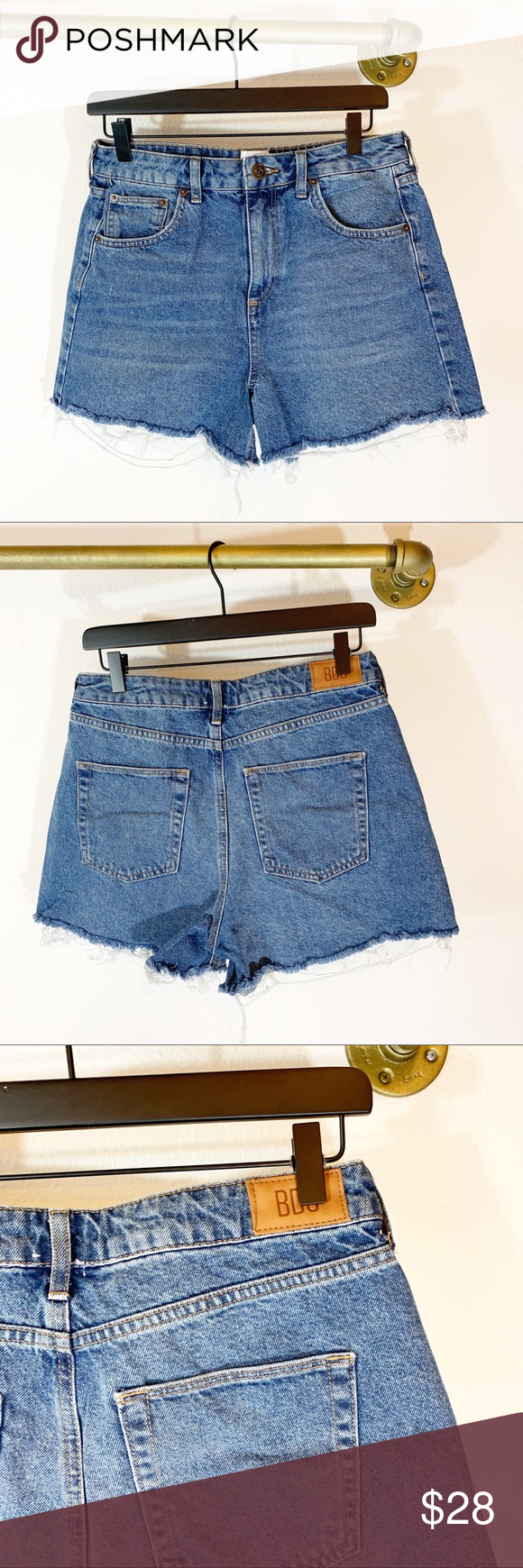 BDG Mom High Rise Denim Cutoff Shorts Jean cutoff mom shorts Excellent condition  No flaws Size 30 BDG Shorts Jean Shorts #denimcutoffshorts BDG Mom High Rise Denim Cutoff Shorts Jean cutoff mom shorts Excellent condition  No flaws Size 30 BDG Shorts Jean Shorts #denimcutoffshorts