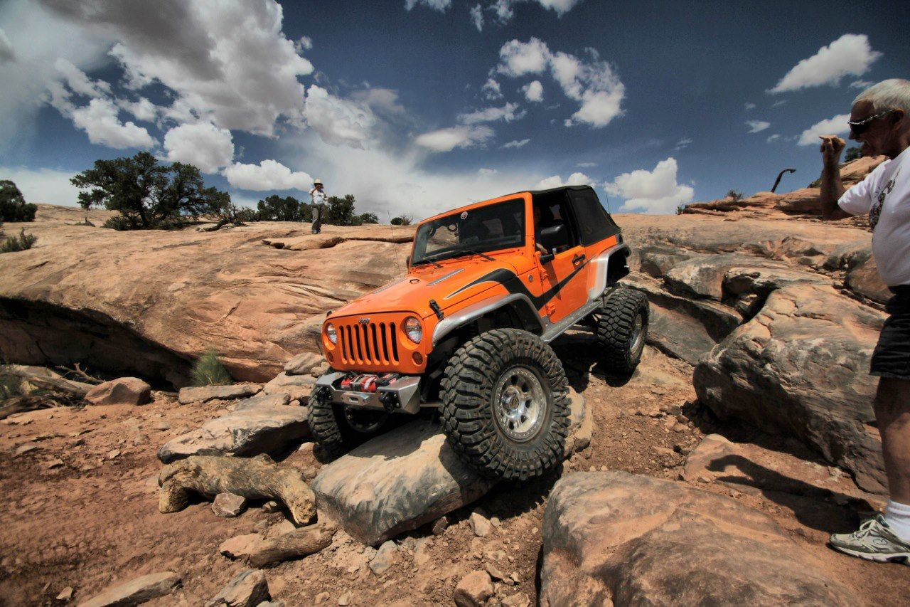Genright Armored Jeep Cruising Through The Moab Trails Jeep