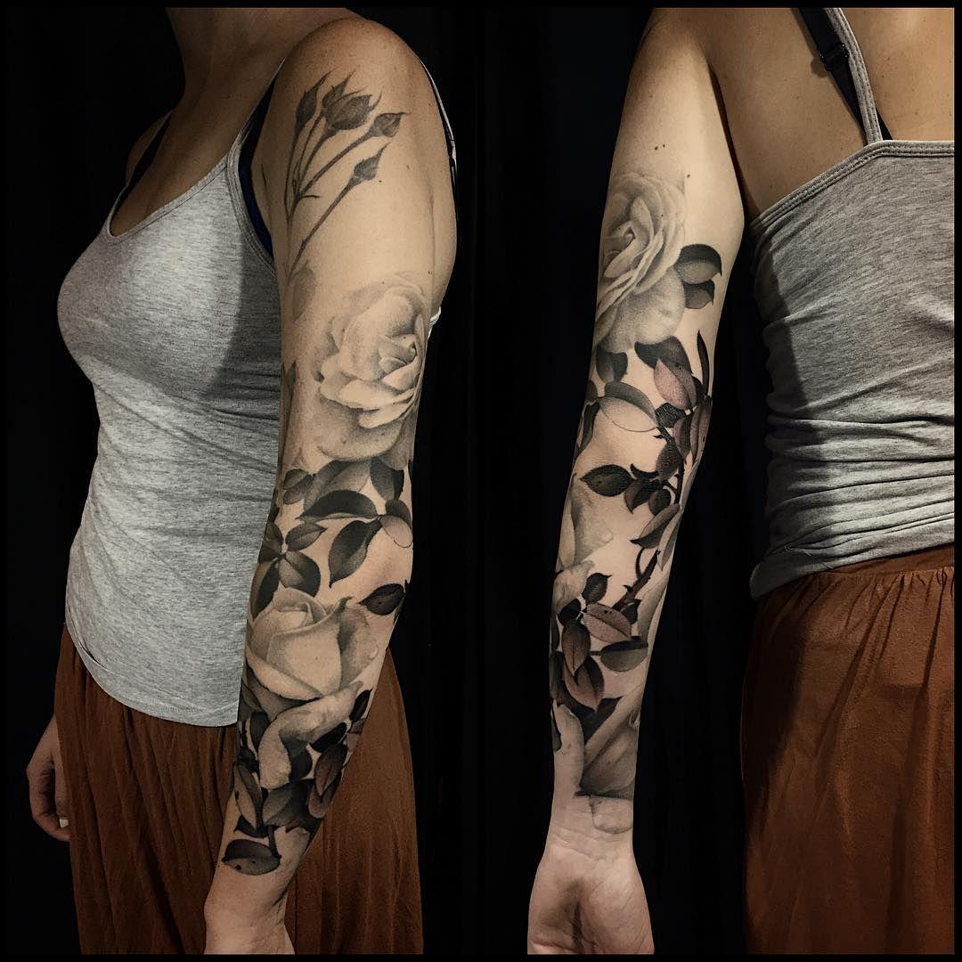 sleeve #black #roses #thorns #tattoo #art #fun #WIP #floral ... - Tattoo Sleeve Frau