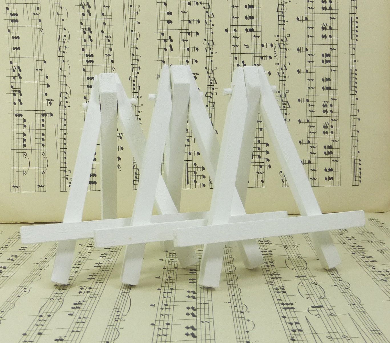 3 Small White Easels Wood Mini Tabletop Easel For Miniature Canvas Table Number