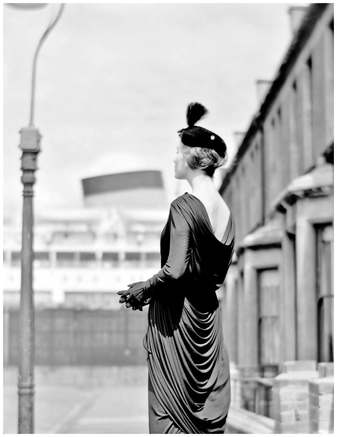 Pagan Grigg wearing a Hardy Amies dress, Southampton, 1957 Photo Norman Parkinson