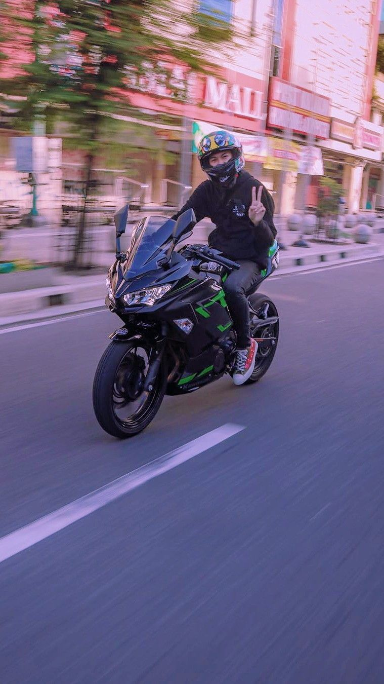 Motosport Motorcycles Atvs Monster Energy Motorcycle Touring Nitro Circus Auto Racing Sports Custom Motorcycles Mopar Modified Ca Di 2020 Gambar Fotografi Gambar Teman