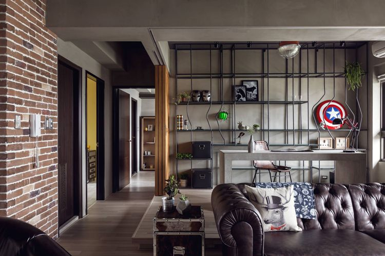 This apartment called 'Hong's House'in Kaohsiung City, Taiwan, has been designed by Taiwanese based firm HAO Design for a 30-year-old engineer.