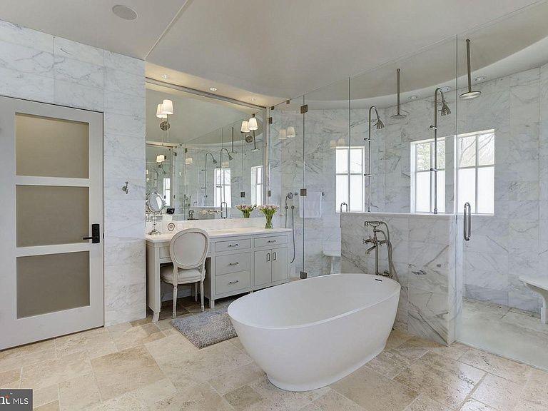 9005 Congressional Ct Potomac Md 20854 Mls Mdmc653204 Zillow Garage Guest House Master Bathroom Design Amazing Bathrooms
