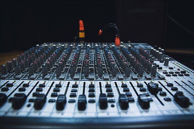 Platform For Audio Visual Installation