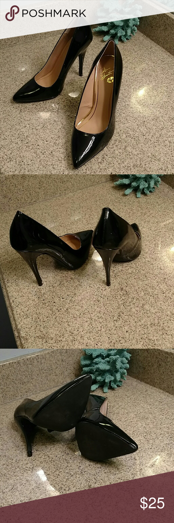 Shoes Wore one time!!! Beautiful black high heel shoes Colin Stuart Shoes Heels