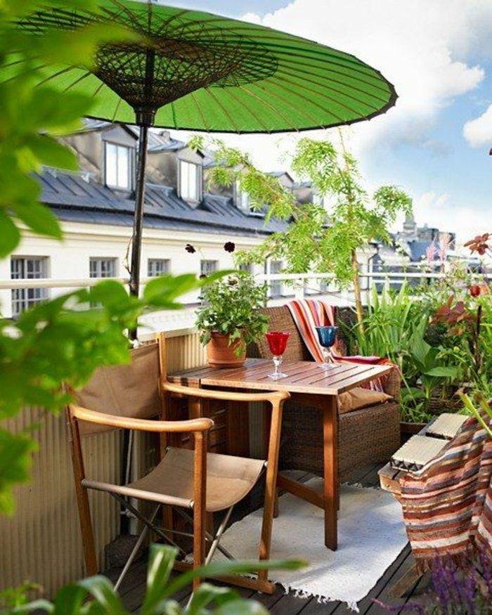 Idee Deco Terrasse,balcon Fleuri, Grand Parasol Vert Herbe En Style  Chinois, Meubles