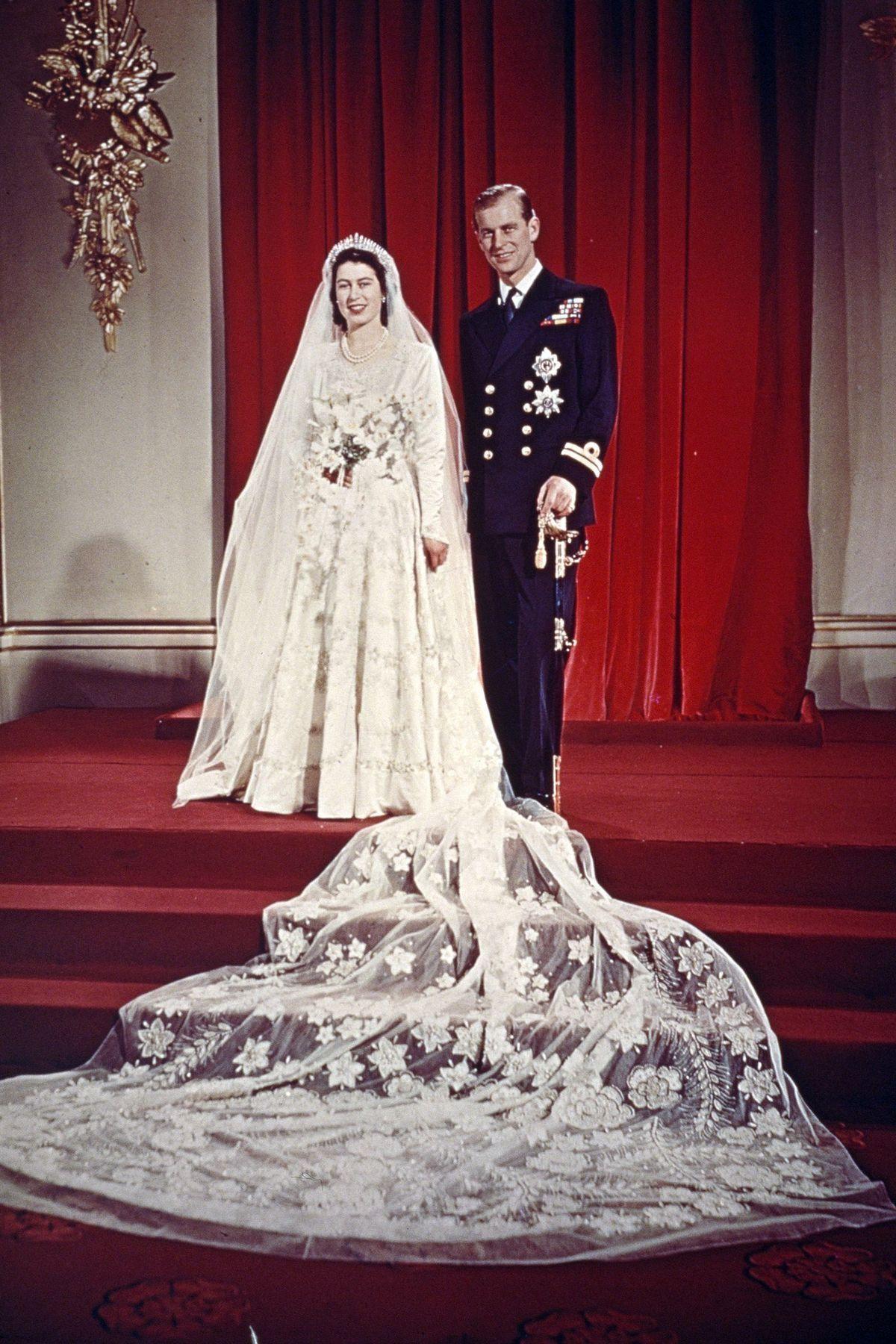 The Wedding Portrait (1947) Queen elizabeth, Princess