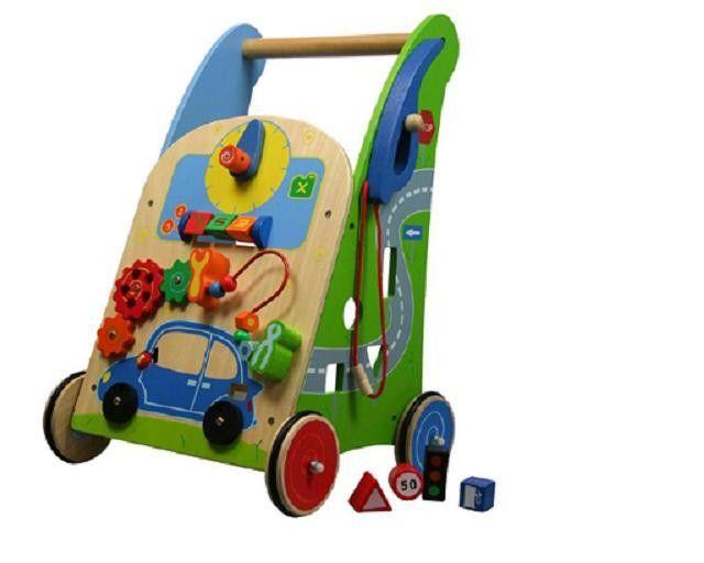Deze Stoere Activity Walker Garage Zit Vol Met Leuke Fleurige Speelactiviteiten Zo Is De Auto Op De Activity Walker G Houten Speelgoed Babyspeelgoed Speelgoed