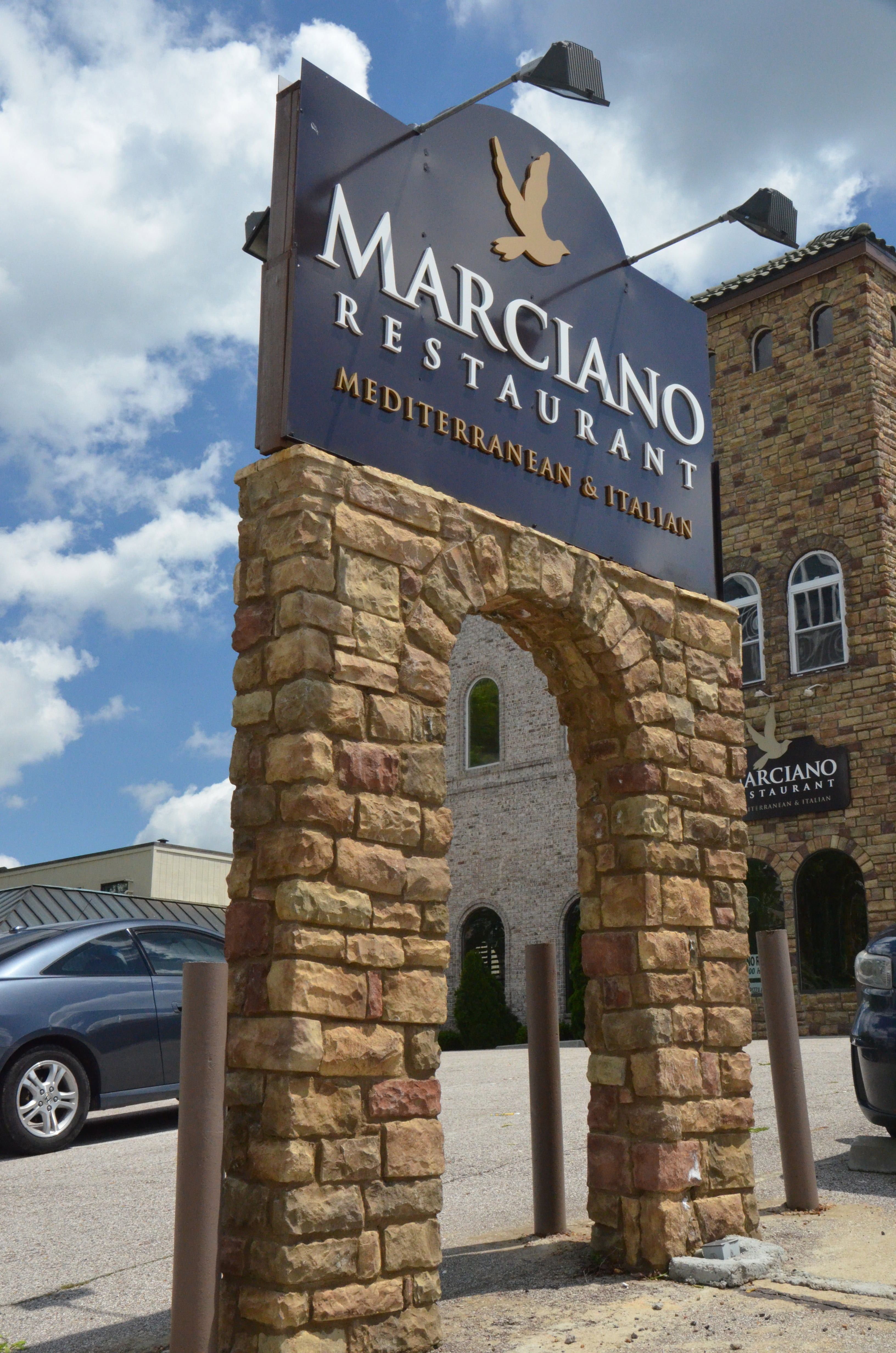 Memphisstoneandstucco Commercial Stone Restaurant Advertisement Sign Commercial Broadway Shows Broadway Show Signs