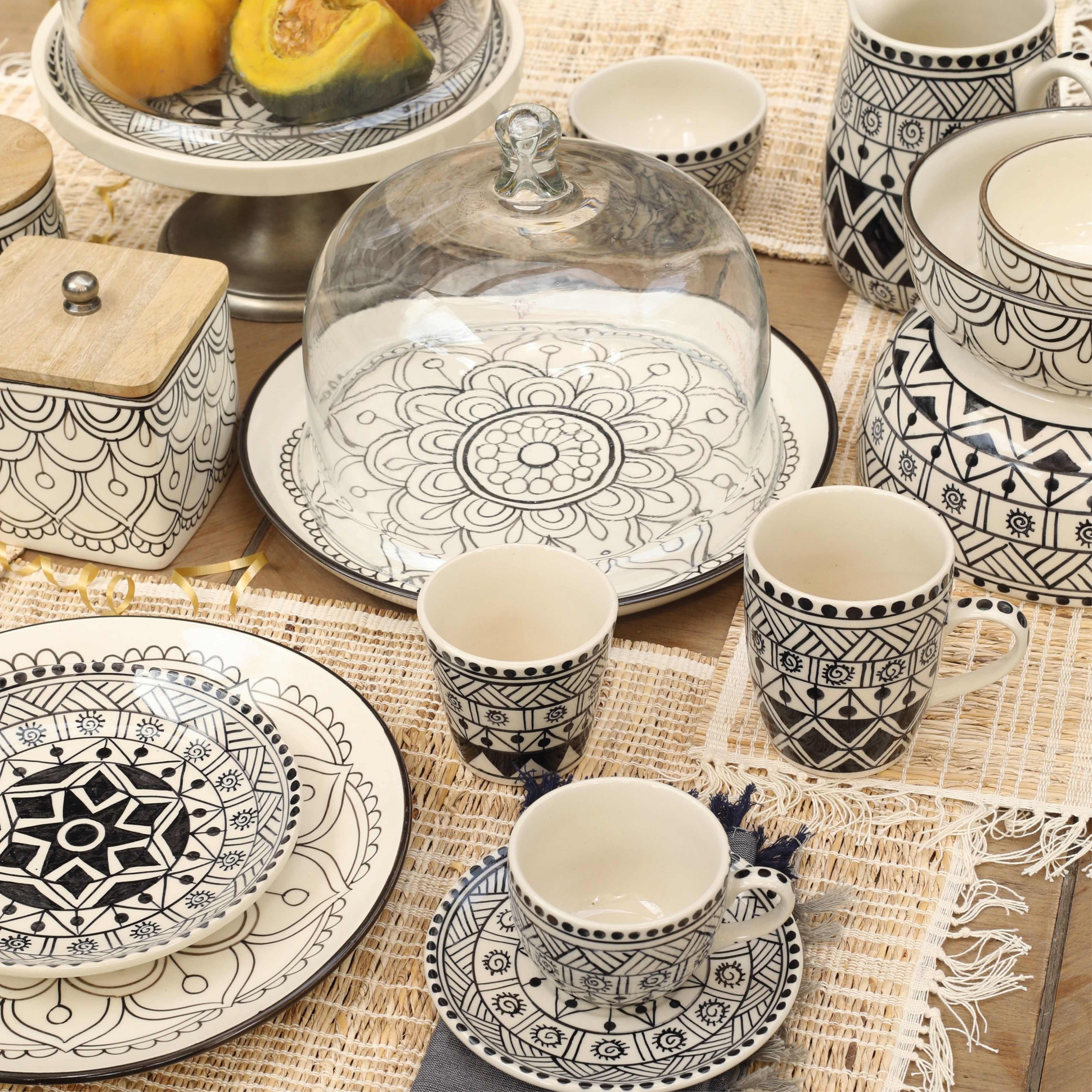 Pottery Ceramics Tableware Tabledecor Ceramic Tablesetting Tabletop Clay Tablescape Dinnerware Homew New Years Decorations Tableware Heritage Crafts