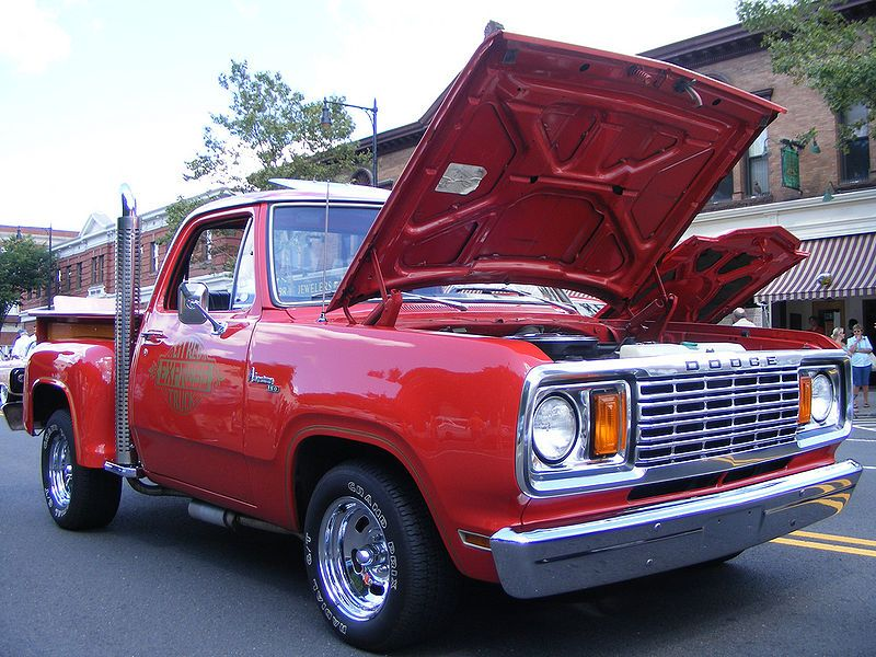 1978 Dodge~Lil Red Express - Dodge D Series - Wikipedia, the free encyclopedia
