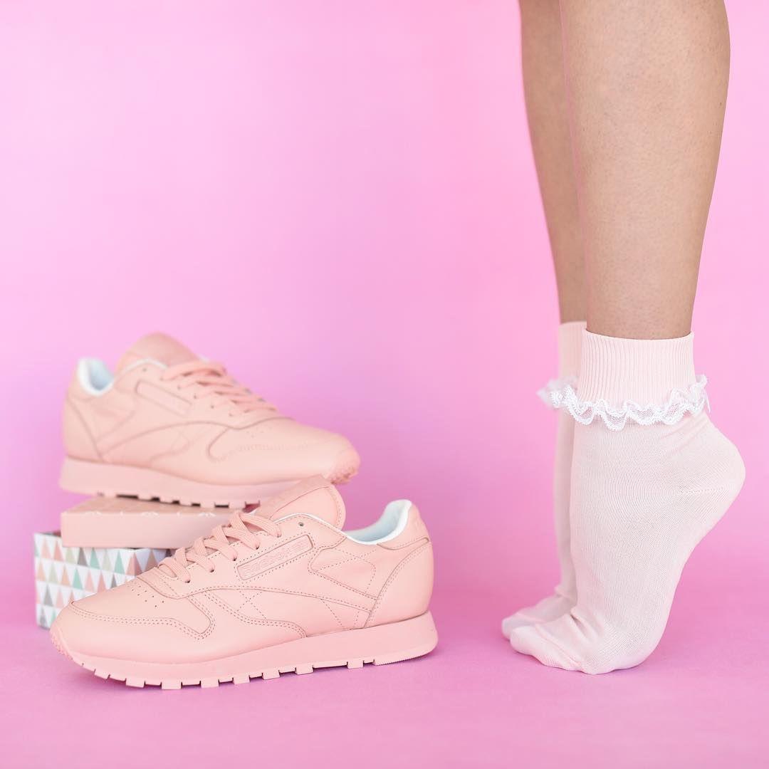 Reebokclassicpolska Na Instagramie Baw Sie Stylem Polacz Outfit Sportowy I Cukierkowy Efekt Bedzie Zaskakujacy Thisisclassic