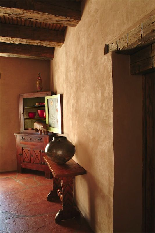 American Clay plaster.  The color is probably Chocolate or Santa Fe Tan.