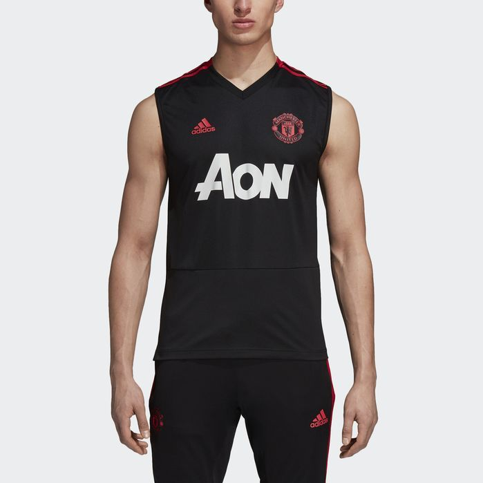 cheaper 3e7f0 7d7ab Manchester United Training Jersey | Products in 2019 ...