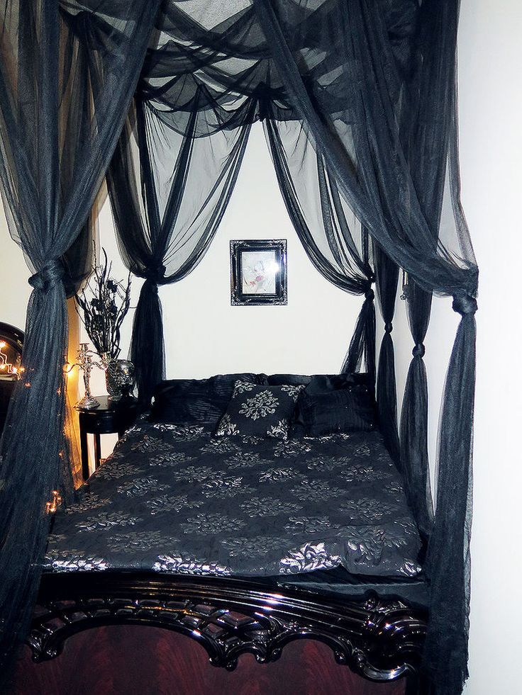 Beautiful Black Bed Net Majesty Canopy Alternative Gothic Wall Fantasy Decor - dezdemon-home-decor-ideas. & Black Bedroom Ideas Inspiration For Master Bedroom Designs ...