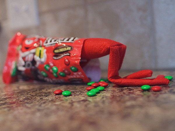 30 einfache und lustige Elfen im Regal Ideen #elfontheshelfideas