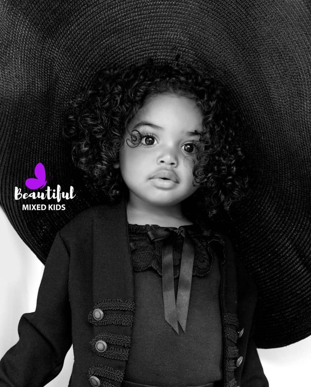 Beautiful Mixed Kids On Instagram Bronte 2 Years British Ghanaian Bethanysmiith Dm For A Instant Feature F Mixed Kids Cute Kids Pretty Baby