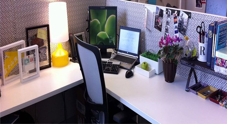 Fun Ways To Personalise Office Desk Cubicle Design Work Office