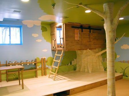 Kids tree house bedroom