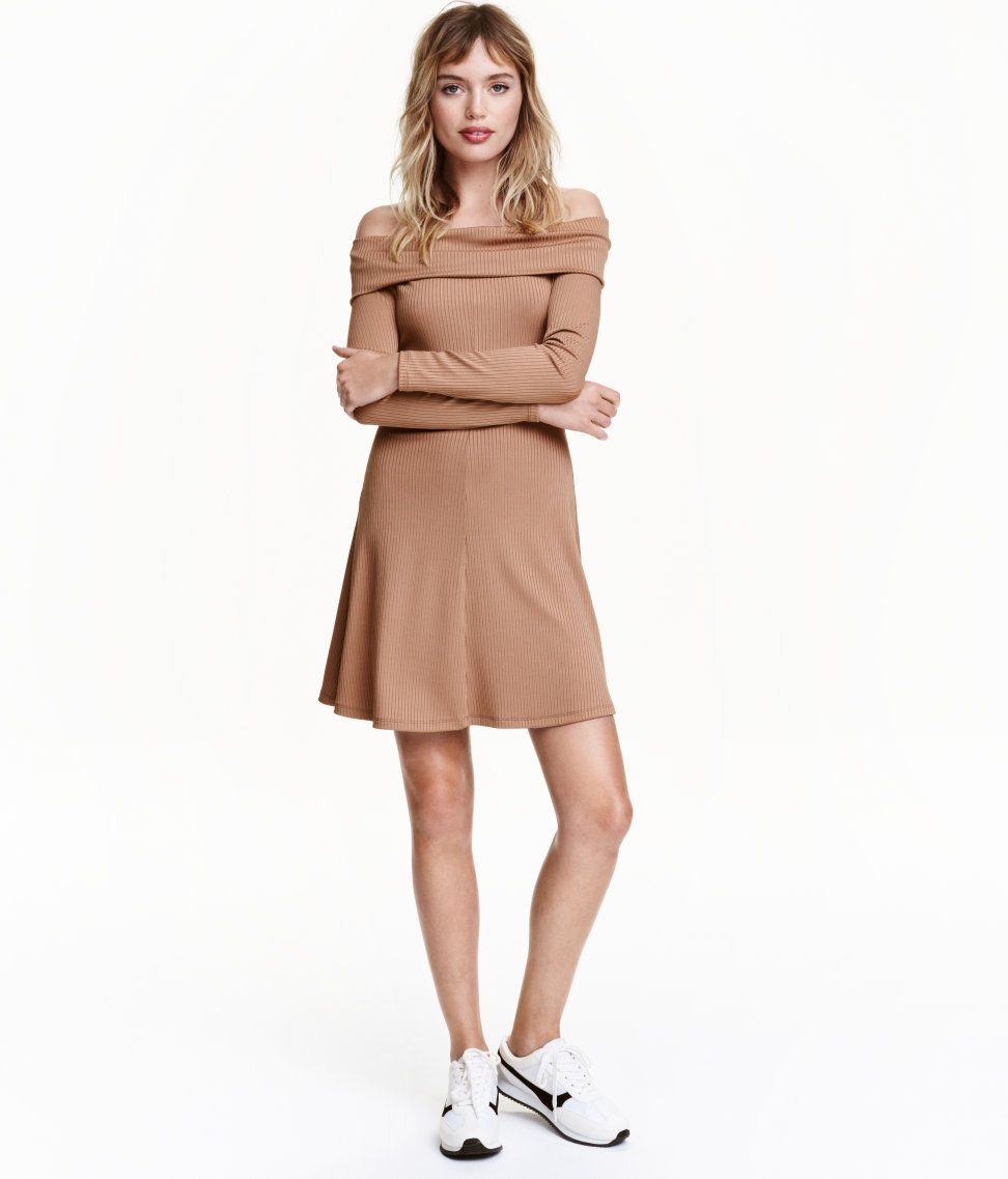 7ccbb116fe99 Check this out! Short off-the-shoulder dress in thick jersey with a slight  sheen. Foldover section at top