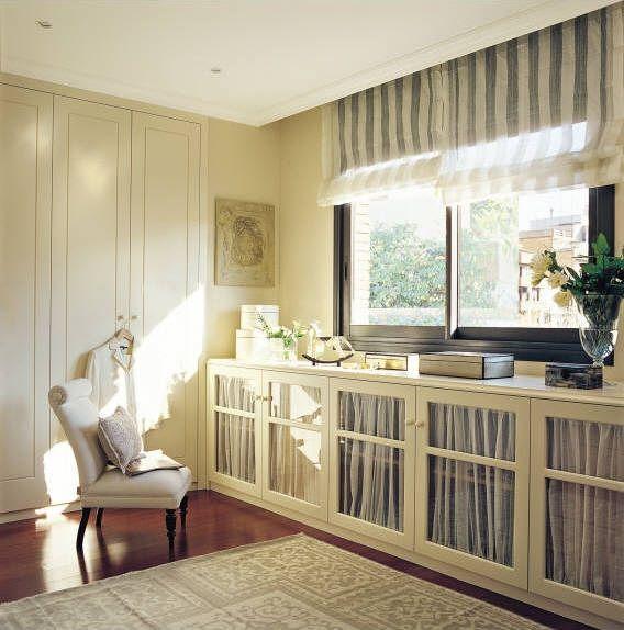 Muebles bajo ventana dormitorio buscar con google for Ejemplo de dormitorio deco
