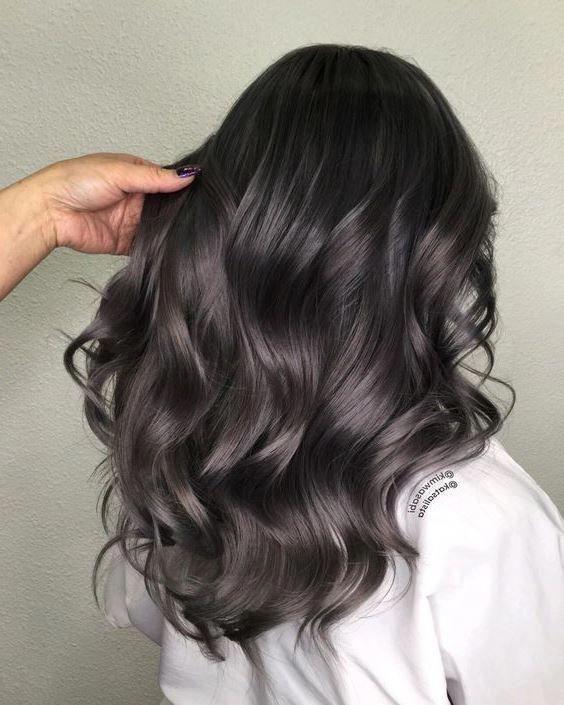 25 Georgeus Women Hairstyle You CanTry This Winter #eweddingmag #WomenFashionIdeas #womenhaircut #womenhairstyle #hairstyles