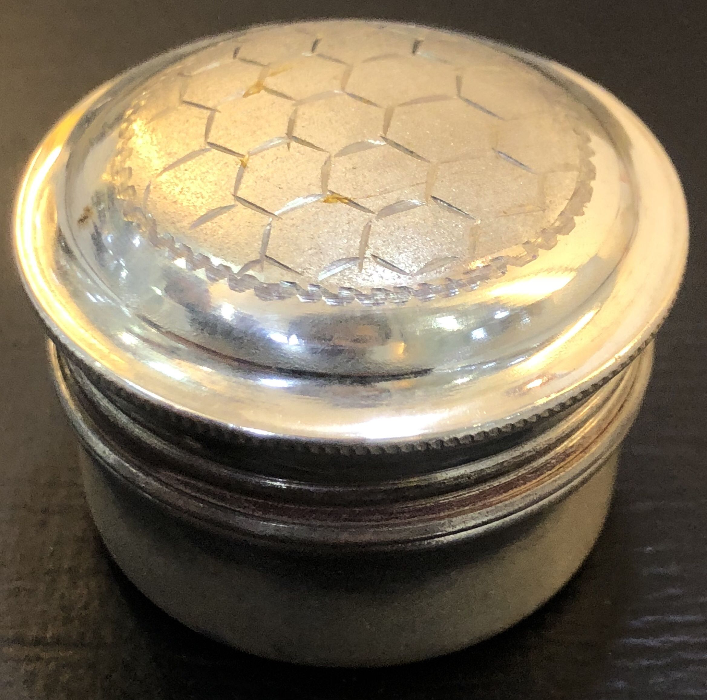 925 Sterling Silver Round Shaped Small Snuff Pill Box Engine Turning Sandblasted
