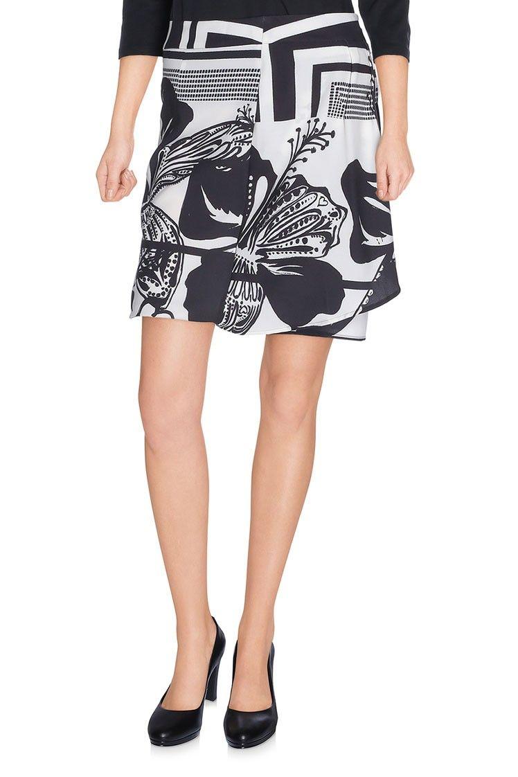 2bc27dcdb Pin de Mymalena Style en WE LOVE DESIGUAL | Faldas cortas, Faldas y Moda