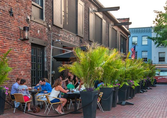 Outdoor Dining Old Town Alexandria Va Waterfront Virtue Feed And Grain