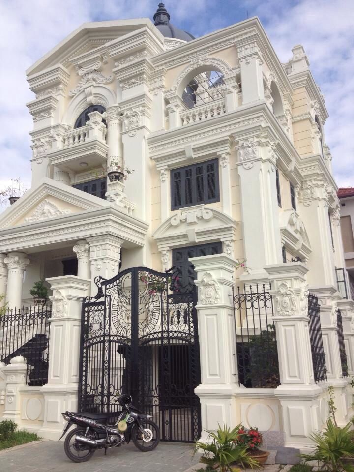 855a0b2c60e492341b56159da95bab34 Jpg 720 960 Pixels Classic House Design Classic House Exterior Neoclassical Architecture