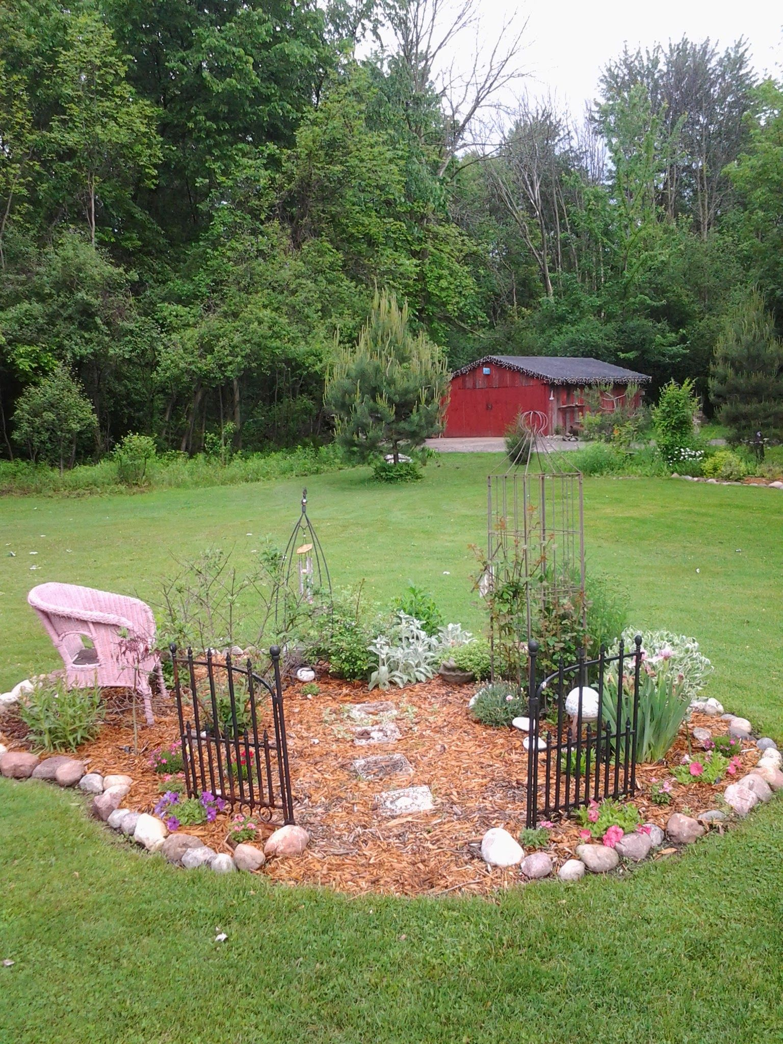 Memory garden of my daughter  | My garden | Small memorial garden