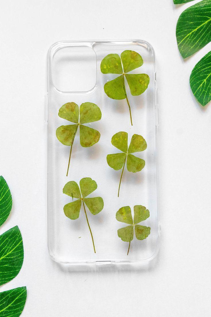 Four leaf clover pressed flower iphone bumper case