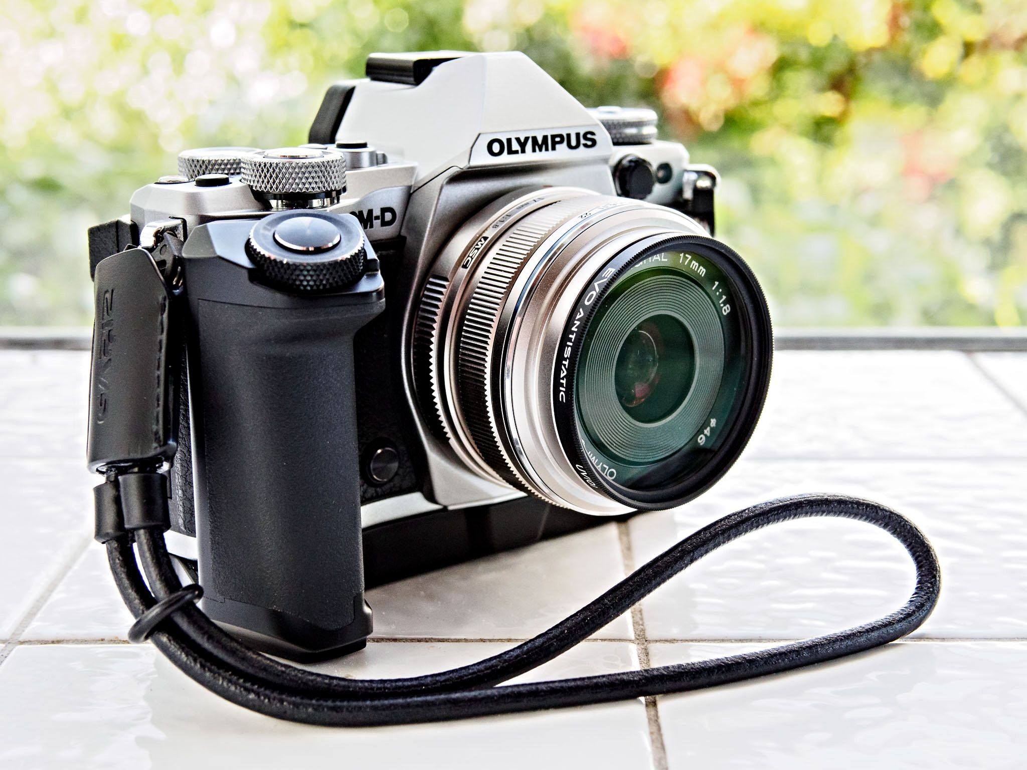 Olympus Om D E M5 Mark Ii Decked Out Best Small Camera Best Camera Best Vlogging Camera