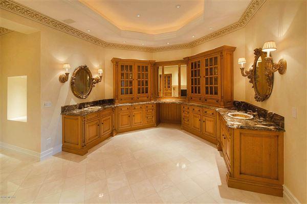 A FABULOUS MANSION IN TUCSON | Arizona Luxury Homes ...