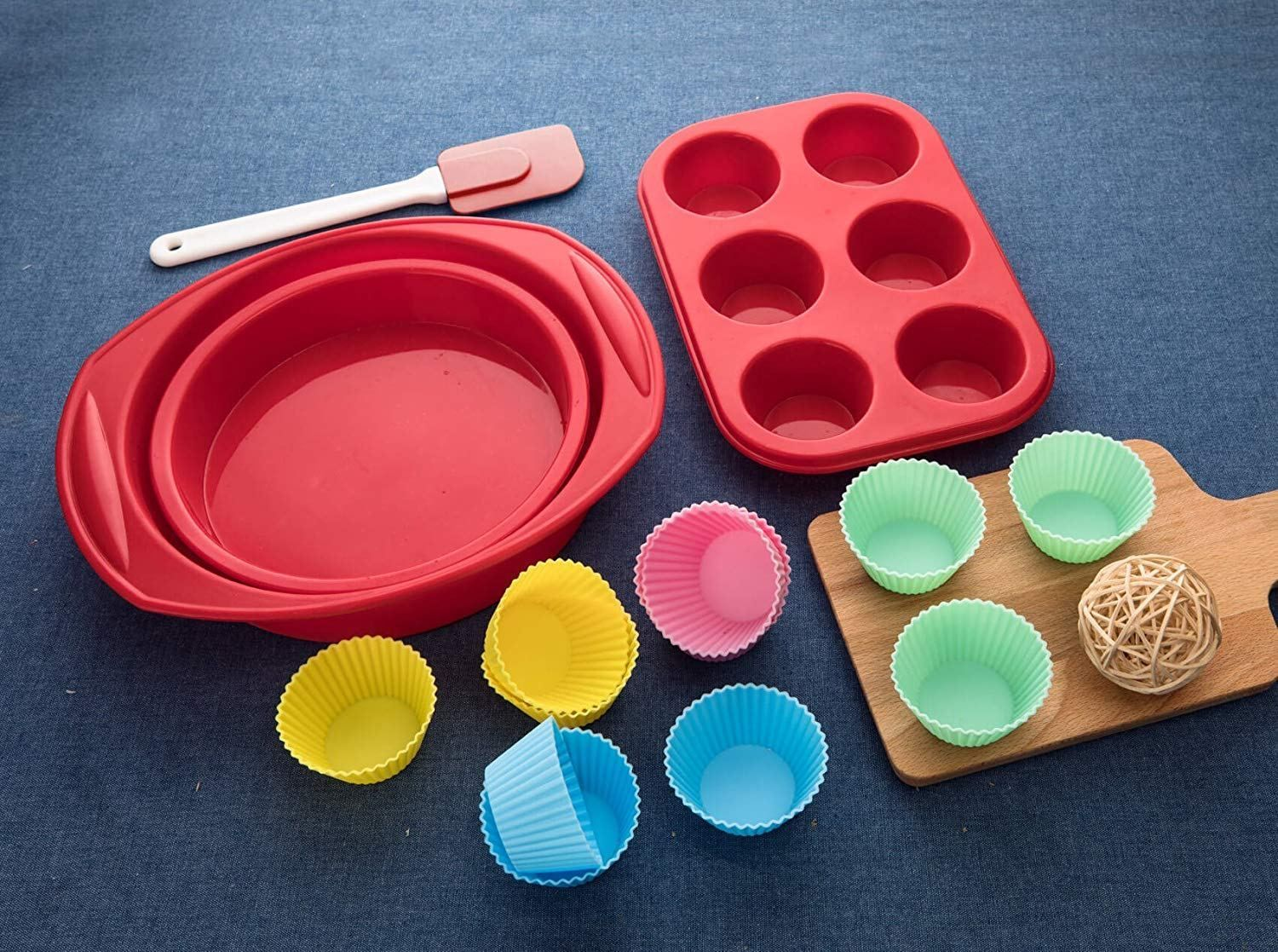 Aokinle Silicone Bakeware Set 16 Piece Baking Molds Non Stick