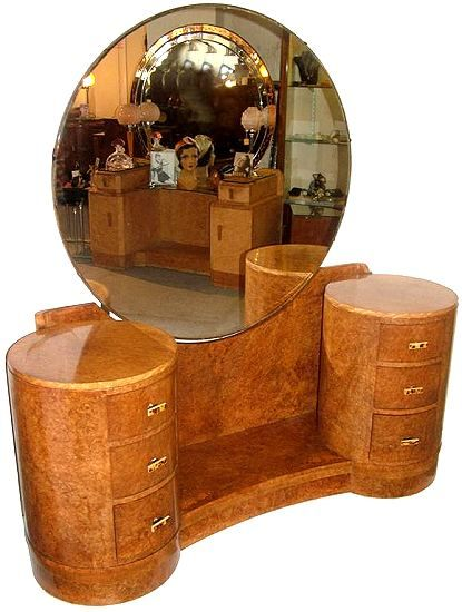 1930\u0027s Art Deco highly figured dressing table by the highly regarded H\u0026L  Epstein.