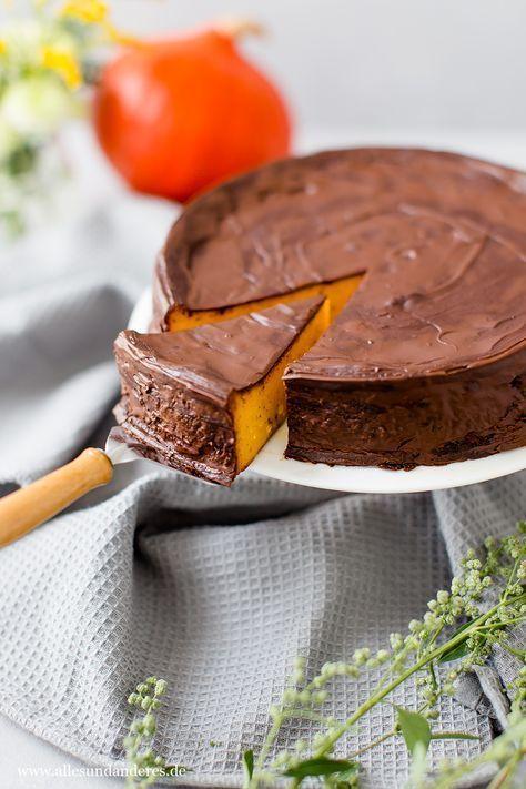 Saftiger Kürbiskuchen mit Schokolade