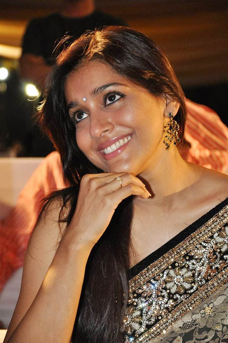 rashmi gautam glorious photos #teluguactress #heroinepics