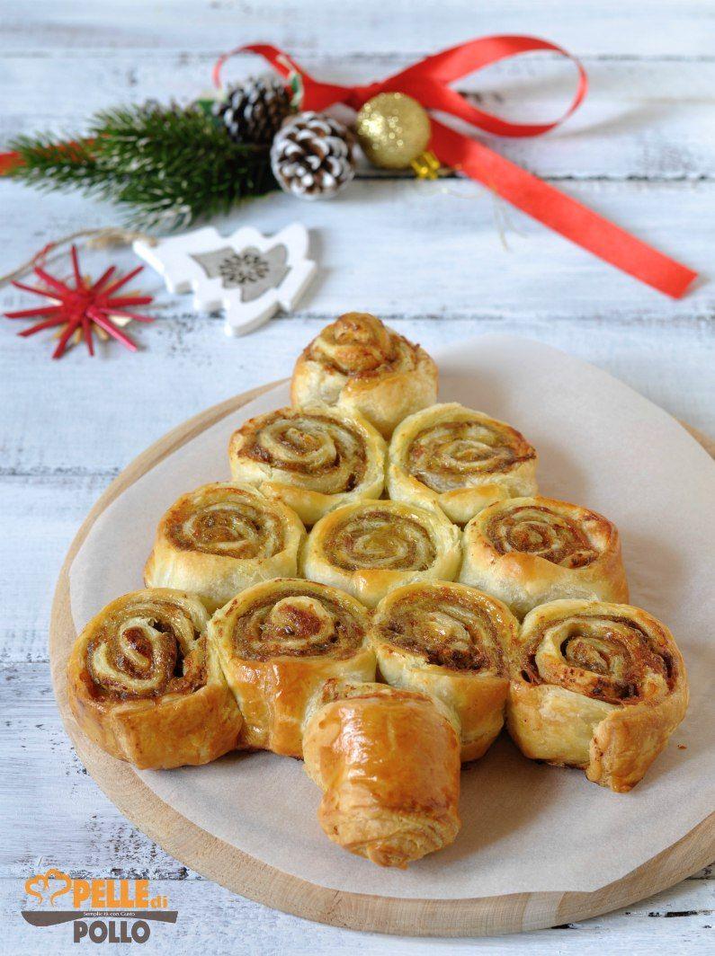 Antipasti Di Natale Pasta Sfoglia.Albero Di Girelle Di Pasta Sfoglia Con Funghi E Pancetta Ricette Natale Antipasti Pastasfoglia Ricette Di Cucina Ricette Cibo