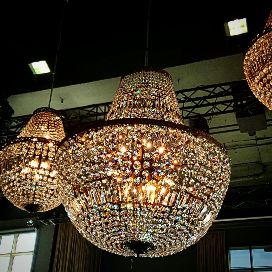 Chandelier hires paris baskets hired by the chic and stylish these gorgeous chandeliers are stunning for wedding or event hire chandelierhire chandelierhiremelbourne metropolisevents melbourneevents arubaitofo Choice Image