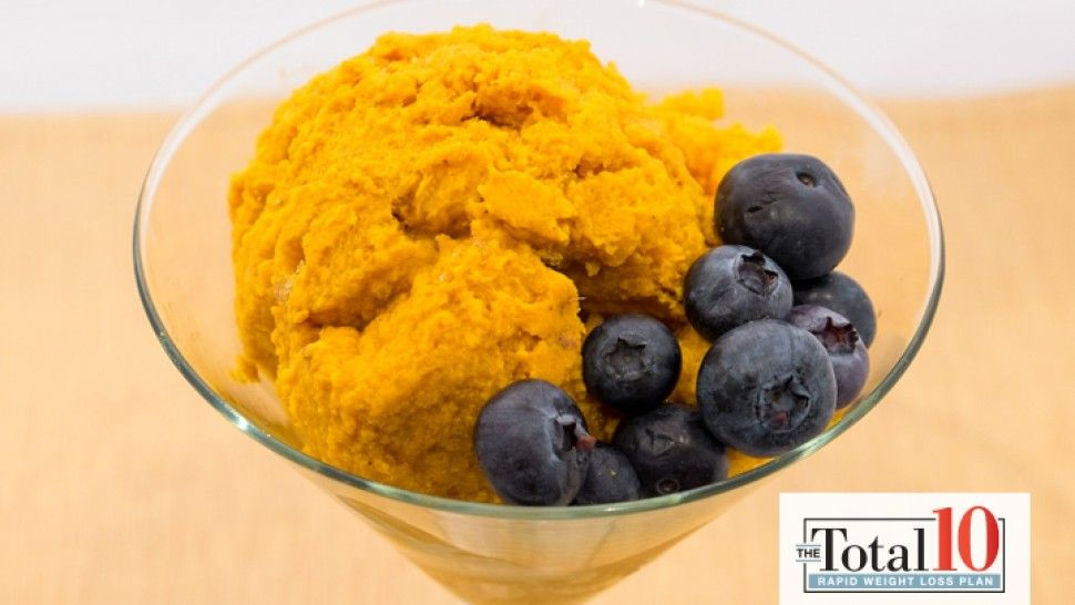 Satisfy your sweet tooth in an instant with this healthy pumpkin treat!