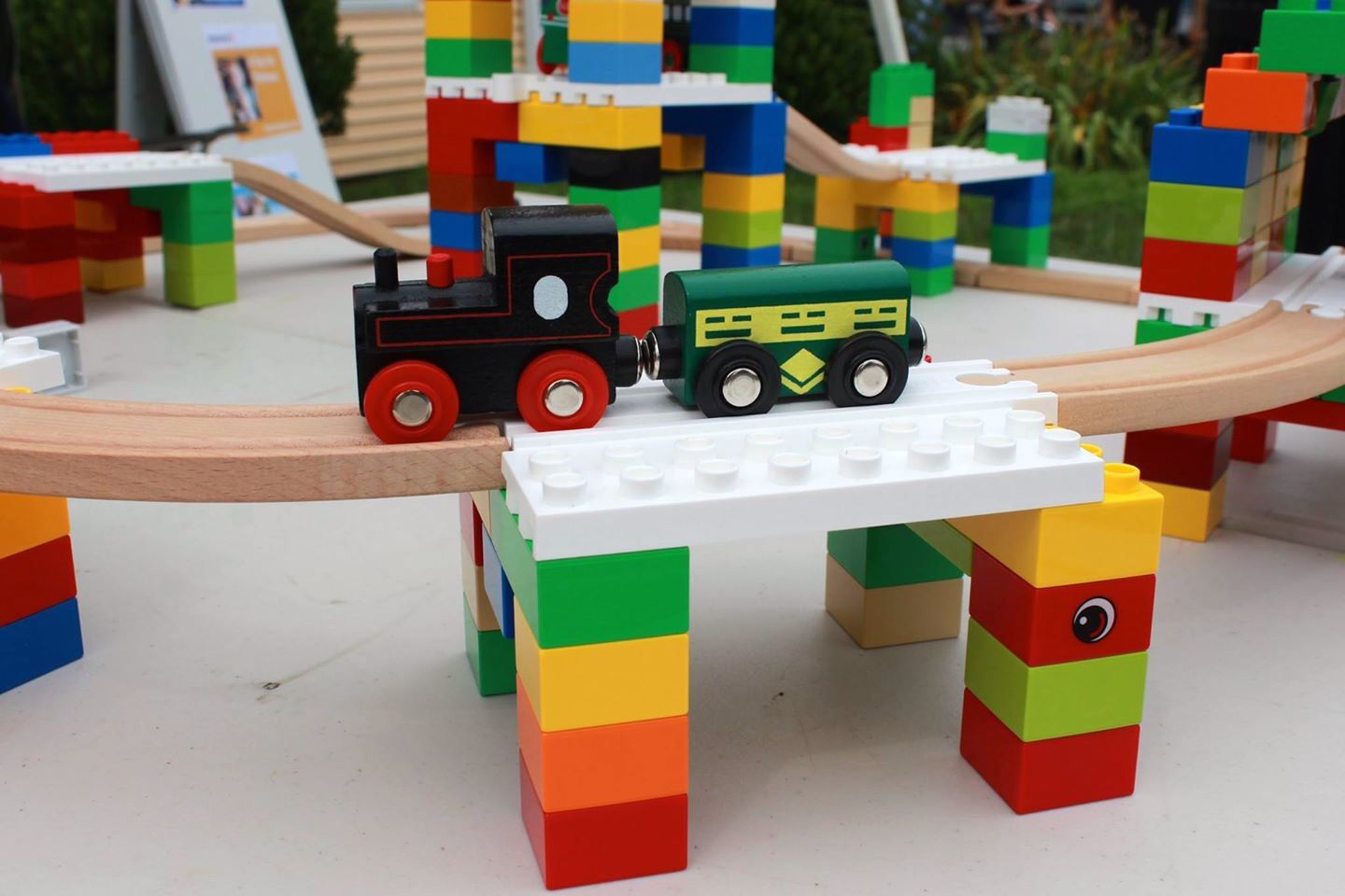 Lego Like Toys : Combine classic building blocks like duplo lego and